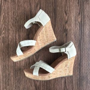 Toms Cork Wedge sandals sz 8